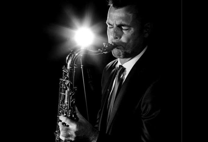 Bedrijfsfeestdokter saxofonist